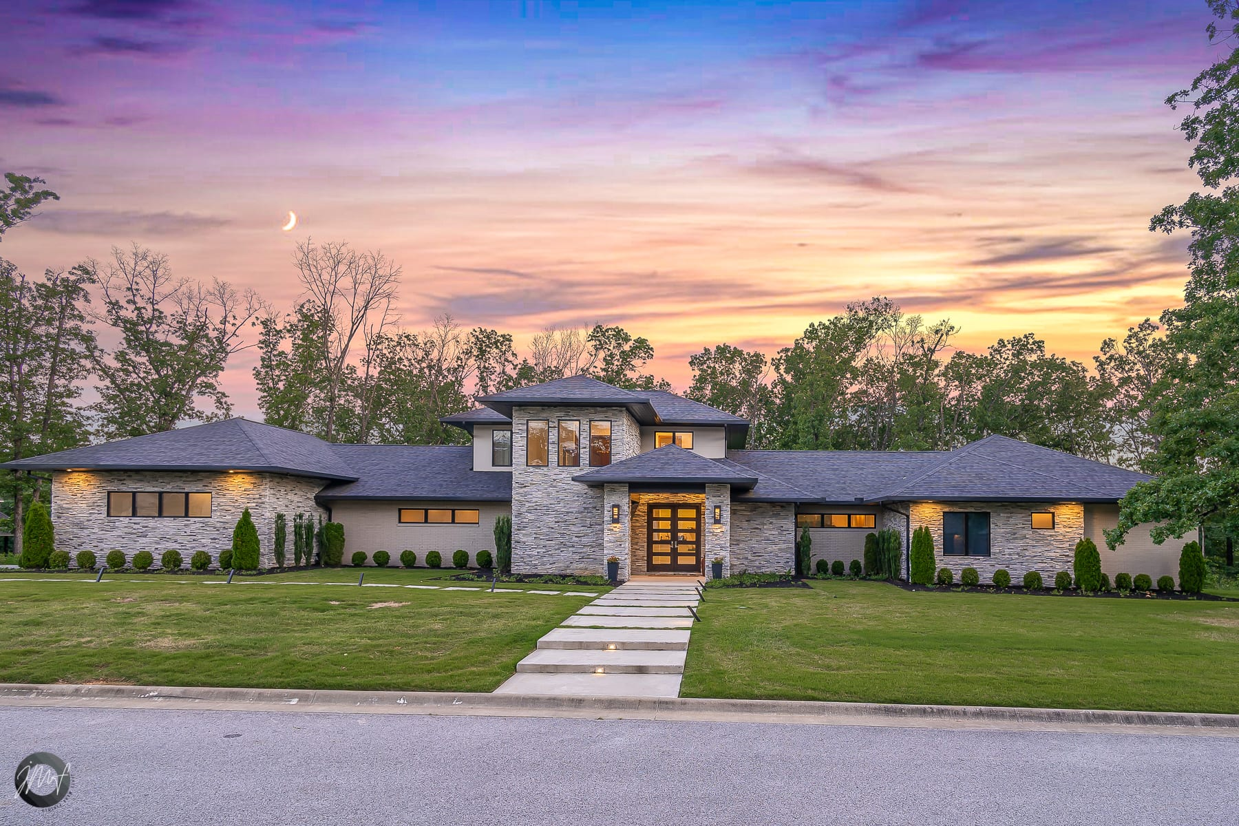 featured listing 1
